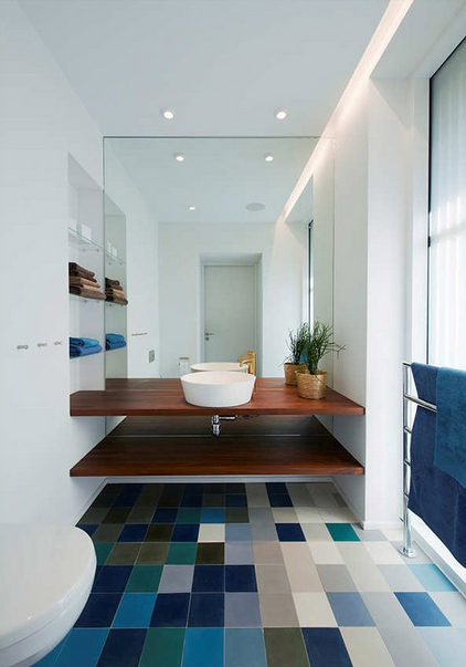 remodelações de casas de banho 13 - com epelho encastrado na parede